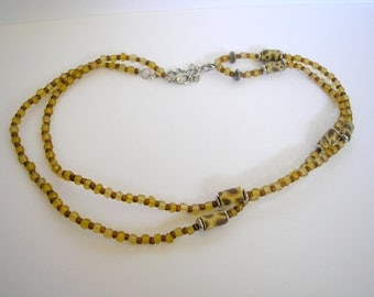 Vtg brown glass and polymer beads necklace