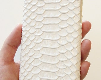 """For Apple iPhone 6 6s 4.7"""" White Crocodile Leather Hard Cell Mobile cellphone smart phone 4g lte hard Case Cover bumper chain bag wallet"""