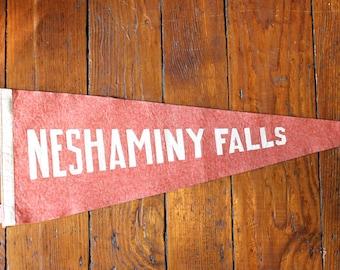 Travel Souvenir..Vintage Neshaminy Falls Felt Pennant,Travel Pennant, Souvenir Pennant