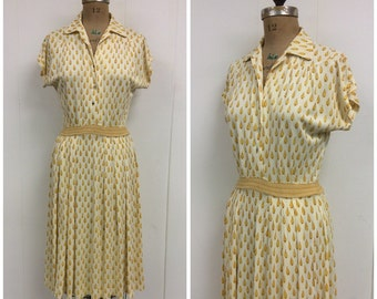 1940s Novelty Print Jersey Dress 40s Yellow Raindrops