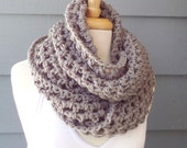 Closing SALE (RTS) / NORA Infinity Cowl Scarf, Crochet, Soft, Chunky, Grey -- Limited Colors
