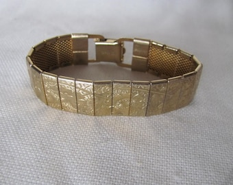 Sarah Coventry Bracelet, Floral  Panels, Etched Panel, Vintage Sarah Cov Jewelry
