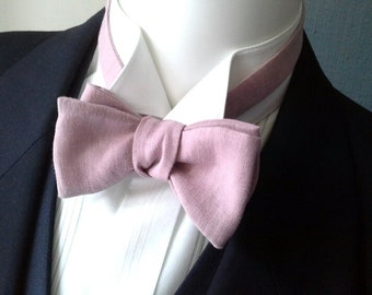 Mens bowtie, champagne color linen, self tie, adjustable, handmade bow tie from Bagzetoile in France, for men