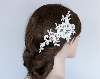Bridal Decorative Comb, Lace Bridal Head Piece, Modern Wedding Hair Fascinator, Beady Off White Pearl Flower Headpiece Unique Design