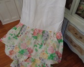Very shabby chic bedding, vintage, Full, Pink cabbage rose dust ruffle or sheet