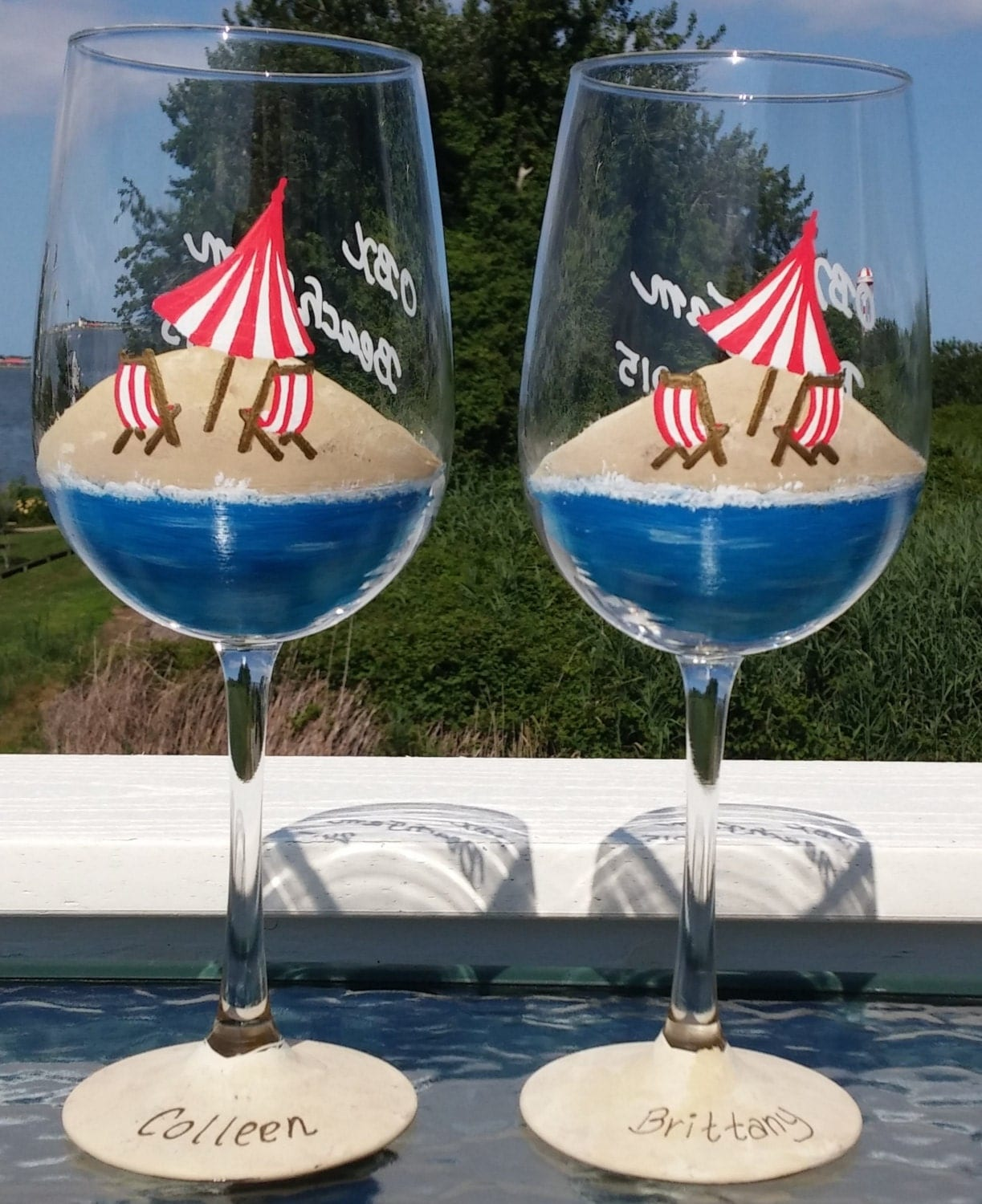 Beach scene hand painted wine glasses for What paint do you use to paint wine glasses