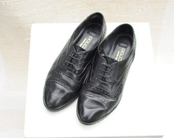 Vintage Dolcis Black Leather Cap Toe Oxfords womens 8