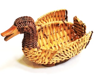 Wicker Duck Basket, Small Vintage Woven Rattan Craft Trinket Container, Woodland Country Cabin Home Decor itsyourcountry