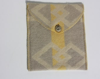 woolen sleeve for your I-pad