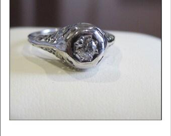 Antique Art Deco 18k  .30 ct.  Diamond Filigree Engagement Ring