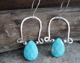 Turquoise Teardrop earrings - Silver Hammered Wire - Dangle Earrings - Turquoise Earrings