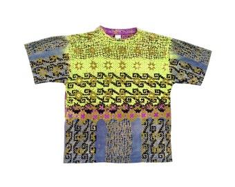Beautiful 80s Ocean Pacific Allover Tribal Surf T-Shirt - L / XL