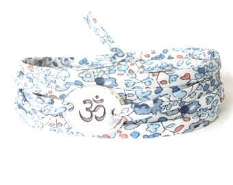 Om bracelet with Liberty fabric, Yoga bracelet with pretty blue and white floral fabric, meaningful gift for best friend