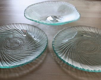 Set of 3 Recycled Glass Spiral Dishes
