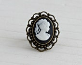 Black and White Cameo Ring .. small ring, cameo ring, lady cameo