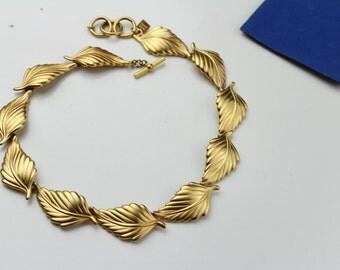 Vintage Anne Klein Goldtone Satin Finish Leaf Motif  Necklace N 274