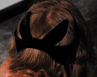 Black Widow Beauty 1950s / 1960s Vintage Betmar Black Velvet Net Veil Head Band Head Piece Mini Hat Fascinator OSFM OSMA