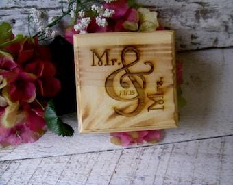Ring Box, Wedding Ring Box, Mr and Mrs Ring Box, Rustic Wedding Ring Box, Mr and Mrs, Box for Wedding Rings, Ring Bearer