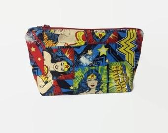 Wonder Woman Makeup Bag, Camera bag, Cosmetic case, card holder Zipper Pouch DC COMIC