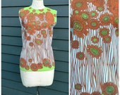 vintage floral shirt . sleeveless shell top . psychedelic swinging 60s 70s