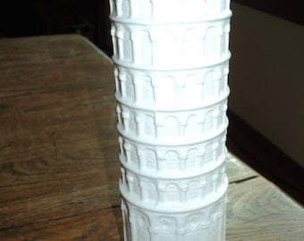 LEANING TOWER of PISA White Glazed Ceramic Parmesan Cheese Shaker Container which actually leans in Vintage Condition, Made in 1977