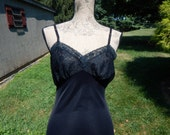 Vintage Black Lace Slip Van Raalte Full Length Nylon Bombshell Pin Up Girl Lingerie Small 32 Bust