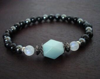 Women's Strength & Courage Mala Bracelet - Amazonite and Moonstone Mala Bracelet - Yoga, Buddhist, Jewelry, Meditation, Prayer Beads