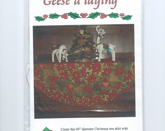 "Quilt Pattern ""Geese a Laying"" Paper-Pieced Christmas Tree Skirt (2008)"