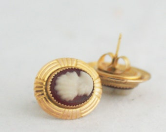 Earrings - Cameo Small Post Gold and Brown