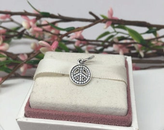 Authentic Pandora Symbol of Peace Charm For Bracelet   BEAUTIFUL