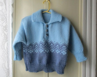 Vintage sky blue pullover sweater / handknit chunky knit sweater / vintage knit jumper / Size 3T to 4T