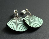 RAY earrings light olive wood