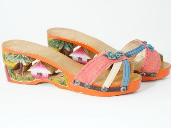 1940s Carved Wood Clogs Souvenir Shoes From The Philippines