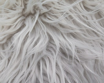 Faux Fake Fur Bleach White Mongolian 60 Inch Fabric by the Yard, 1 yard
