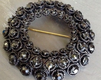 Vintage black rhinestone wreath brooch pin