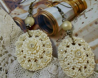 Ivory Celluloid Flower Earrings with Rhinestones