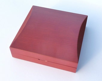 Large luxury real wood universal gift box case red satin wooden finish necklace case presentation statement jewellery necklace