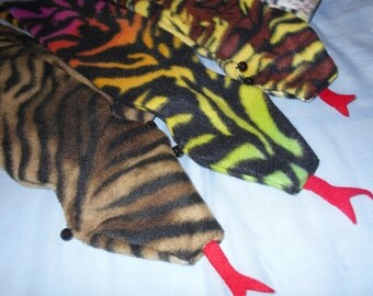 Striped SNAKE FLEECE SCARVES