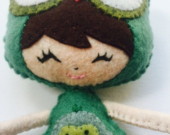 Green Plush Poseable Owl doll