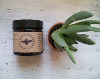 Organic Aloe Vera and Apricot kernal face cream with Australian Sandalwood and French Lavender