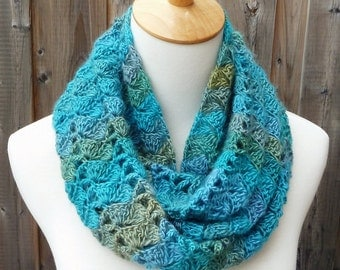 Multicolor Infinity Scarf - Turquoise, Blue and Green Infinity Scarf - Crochet Infinity Scarf - Circle Scarf - Ready to Ship