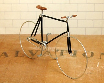 Black Fixed Gear Wire Bike
