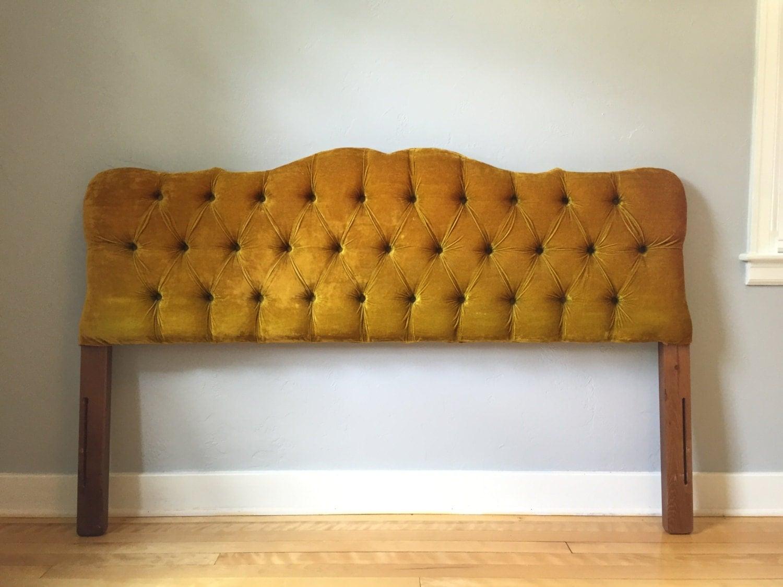 t te de lit velours tuft vintage t te de lit moutarde pleine. Black Bedroom Furniture Sets. Home Design Ideas
