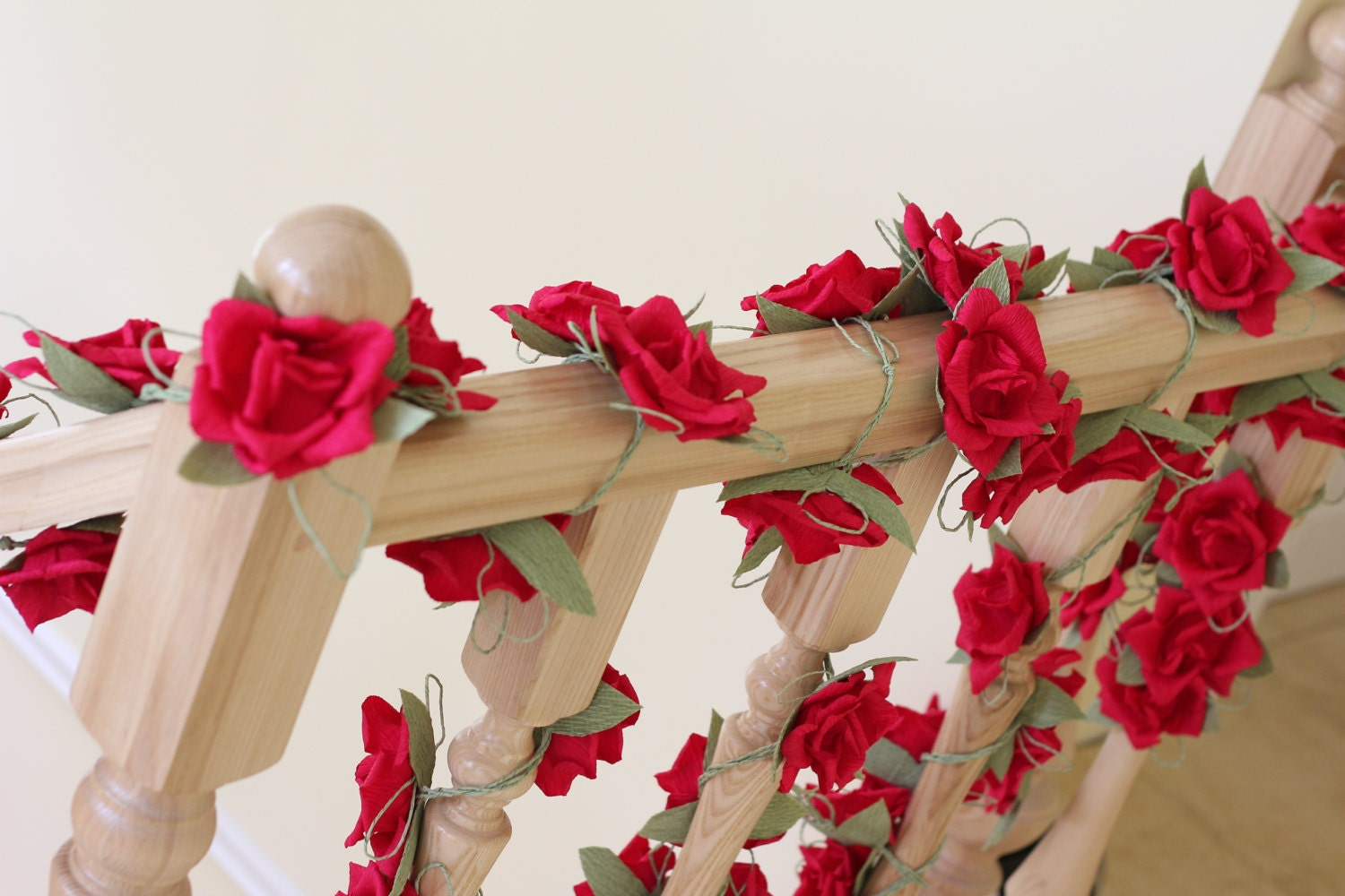 Paper garland wedding garland flower garland wedding flower for Flower decoration made of paper