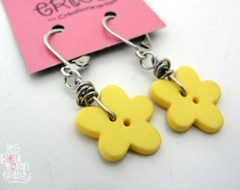 Earrings - flower's button - yellow