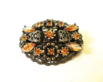 Ornate Filigree Gold Rhinestone Oval Brooch Vintage
