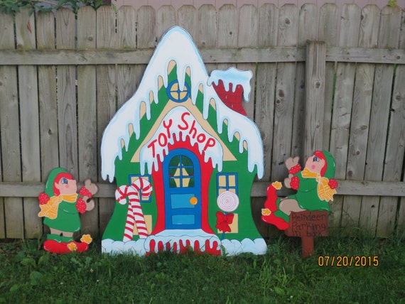 Toy shop santa 39 s village with elves christmas by for Christmas wood yard art patterns