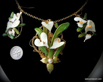 Calla Lily pendant and matching earrings