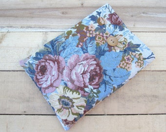 Bouquet Kindle sleeve, iPad mini sleeve, Kindle Paperwhite sleeve, Kindle Fire case, Kobo case, Nexus 7 sleeve, ipad sleeve, Nook case