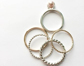 5 Sterling silver rings/ 2 ring in gold filled, 1 ring with pink freshwater pearl